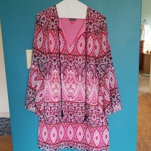 Vince Camuto dress in a size 8